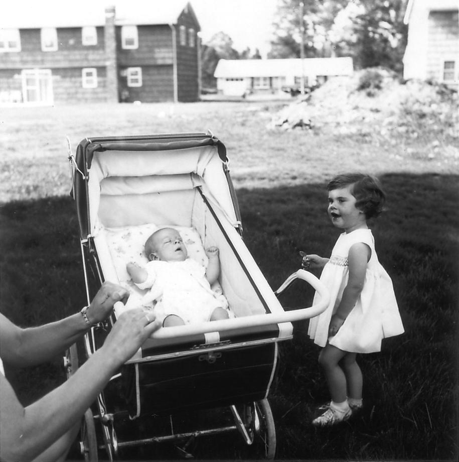 Mammy's gentle push (Naar buiten!), 2005